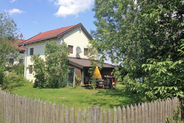 Zuhaus Garten Baum (1)